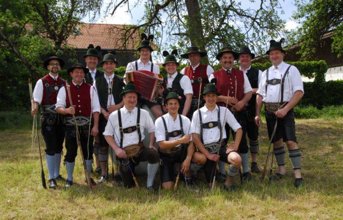 Schnalzergruppe Auf Dem Gartenfest