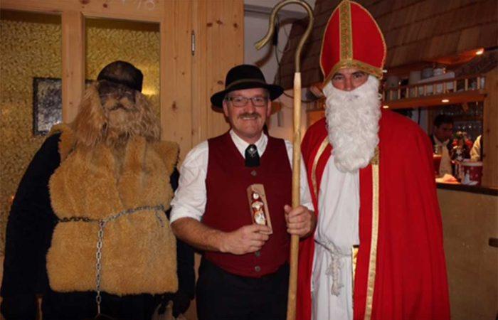 Nikolausfeier Im Trachenheim